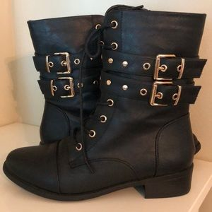 Top Moda Brand gold buckle boots